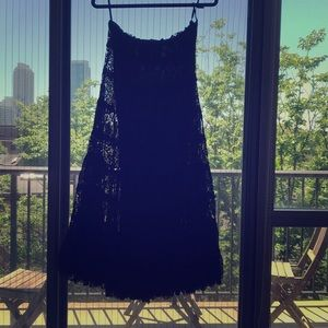Solitaire Los Angeles Tiered Lace Skirt